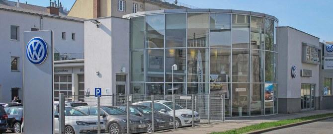 Autohaus Piltz, Inhaber John & Co. GmbH  Co KG